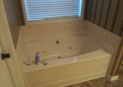 Lawrenceville Master Tub & Tub Surround - Before