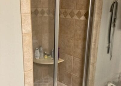 Grayson Master Shower - Before