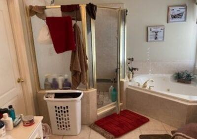 Lawrenceville Master Shower & Tub - Before